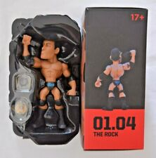 Loot Crate WWE Wrestling Sammelfiguren / The Rock ca.12 cm groß mit Ring-Base