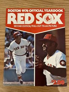 1976 BOSTON REDSOX OFFICIAL YEARBOOK