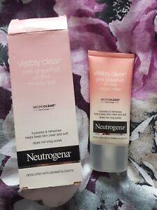 Neutrogena Visibly Clear Pink Grapefruit Oil-Free Moisturiser hydrates 50ml