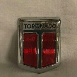 1990 -1992 OLDSMOBILE TORONADO GRILLE EMBLEM OEM NOS GM P/N 20689848