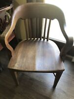 Antique Oak Wood Office Desk Chair Bankers, Lawyer's Business Chair