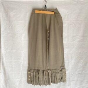 Matilda Jane Womens Alpha Capri Pants Taupe Big Ruffles Stretch M Neutral (B8)