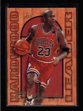 MICHAEL JORDAN 1995/96 FLAIR #4 HARDWOOD LEADER BA6713