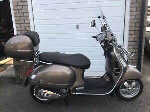 2015 VESPA GTS 300ie ABS TOURING SCOOTER