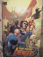 """New Avengers Vol 6 : Revolution"" (2007) Bendis, Yu  HC  Marvel Premiere"