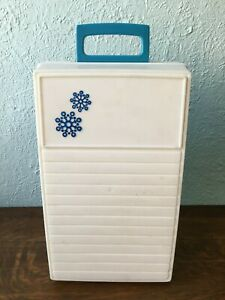 Vintage 1970s Rubbermaid Sidekick 12 Can Cooler Blue & White Plastic & Styrofoam