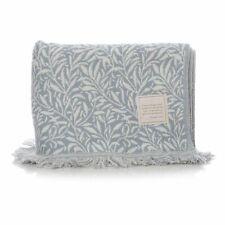 William Morris Willow Blanket - Light Blue