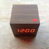 Sveglia Design Digitale Cubo Legno Orologio Multifunzione Display Molto Visibile