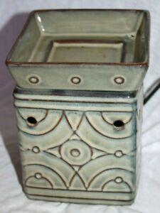 Scentsy Electric Wax Warmer ~ Lenox ~ Retired ~ Full-Size ~ Sage Green ~ EUC