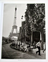 Robert Doisneau Photo Reprint Frenchman Leading Toy Army 15 x12 inches Unsigned