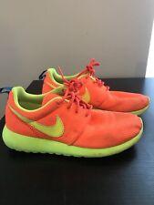 Nike Roshe Orange Gradeschool GS Size 4
