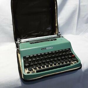 Vintage Olivetti Lettera 32 Seafoam Blue Typewriter In Original Case