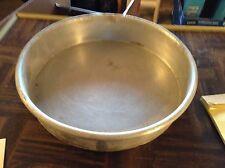 One 9 x 2 cake pan