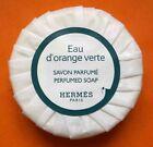 Savon parfumé Eau d'orange verte - HERMES Paris. 6 cm x 2 cm - 50 grs..