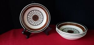 Royal Ironstone Set of 4 Coupe Soup Bowls - Brown and Black with Center Daisy