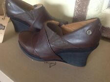 MOZO Divine Wedge Brown Leather Shoes Women's Size 9.5M  MSRP $150