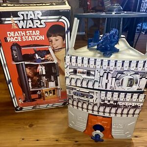 Vintage 1978 Kenner Star Wars Death Star Space Station Playset with Box