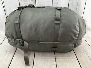 US Military 4 Piece Modular Sleeping Bag Sleep System *** Good Condition