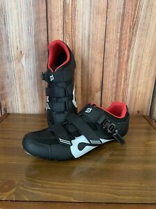 Peloton Black & Gray Buckle Strap Cycling Shoes Size 45 Mint!