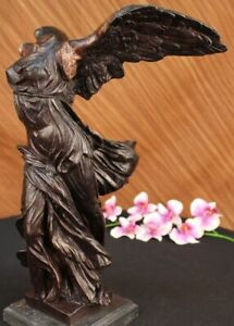 SIGNED WINGED OF VICTORY SAMOTHRACE BRONZE SCULPTURE ON MARBLE BASE FIGURE DECOR