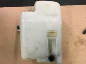97 98 99 00 01 02 03 FORD E450 WINDSHIELD WASHER RESERVOIR ONLY