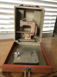 Antique 1950's Toy Singer Sewhandy Sewing Machine
