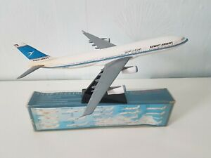 Kuwait Airways - Airbus A340-300 Display Model With Box 1/200