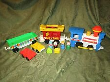 Fisher Price Little People Play Family 2581 A Train Freight Mail luggage car Lot