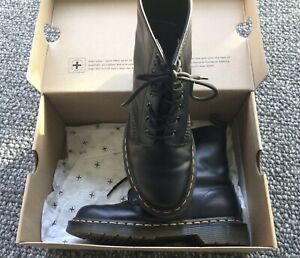 DR MARTENS AIR WAIR BOOTS WITH BOUNCING SOLES- SIZE EUR 38 GENUINE