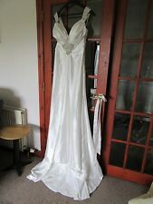 Infinity Couture Wedding Dress Size 12 - bride theatre fancy dress etc