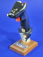 Verlinden 1/1 F-16 Fighting Falcon Control Stick (with Base) 2804 (Trophy 20026)