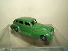 VINTAGE DINKY MODEL No.39e CHRYSLER ROYAL SEDAN