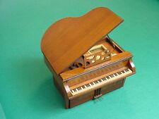 Vintage 1940's General Television Model 534 Grand Piano Radio