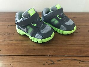 Nike Size 4C Tennis Shoes Baby Toddler Boy Girl 4 C Sport Gray Neon Green Flex