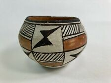 Very old antique Native American Acoma pottery pot