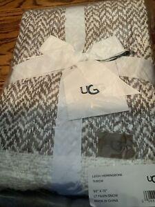 UGG Leigh Herringbone Throw 50'X70' Lt Fawn/snow