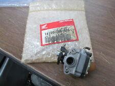 NOS Honda Carburetor Assy GX31 HHE31 HHT31 UMK431 WX10 16100-ZM5-806