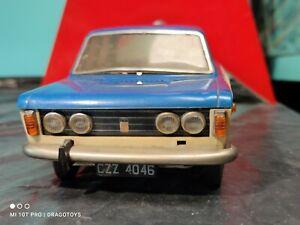 VINTAGE FIAT 125p TOY CAR CZZ 4046 POLSKI FSO FSM LARGE PLASTIC FRICTION POLAND