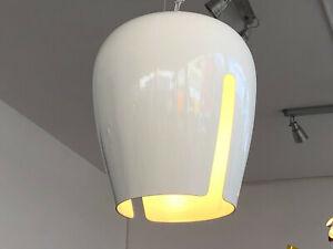Pendelleuchte Zita von Molto Luce  Lamp weiß glänzend