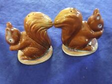 "Vintage 3"" By 3"" Ceramic Brown Squirrel Collectabal Salt And Pepper Shakers"