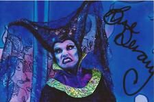 TV/STAGE AND THEATRE * SUE DEVANEY SIGNED 6x4 ACTION PHOTO+COA