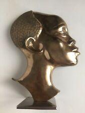Sculpture Profil Tête de femme Africaine en Laiton