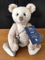 Charlie Bears Arthur