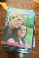 LOVE STORY - ALI MACGRAW & RYAN O'NEAL - DVD - NEW AND SEALED!!!