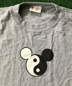 Vintage Disney T Shirt Men's XL USA 90s Yin Yang Mickey