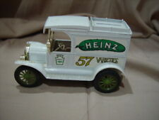 HEINZ 57 VARIETIES - REPLICA FORD - 1913 MODEL T VAN - COLLECTIBLE - By ERTL