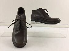 MERRELL WOMAN'S QUESTVALE BROWN LEATHER LIGHT WEIGHT ANKLE BOOT SIZE 6