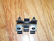 geo tracker grille clip grill clips (QTY 2)