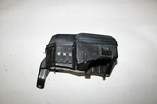 00-05 TOYOTA CELICA GT GTS ENGINE FUSE BOX LOWER PORTION WITH CASE X737