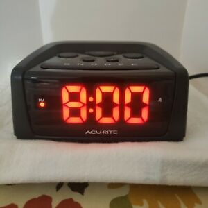 "AcuRite Self Setting Automatic Time Set IntelliTime Alarm Clock 5.4"" 13019 EUC"